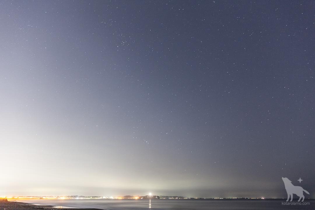 江ノ島と星空 (1)
