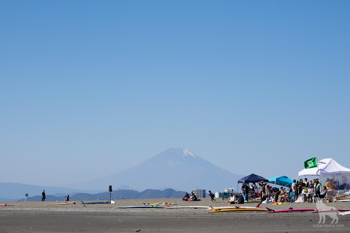 富士山と浜