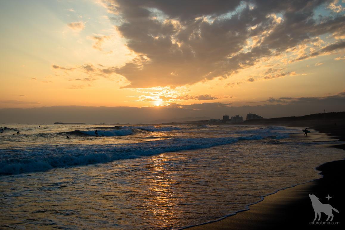 ヘッドランドビーチから夕日を眺める