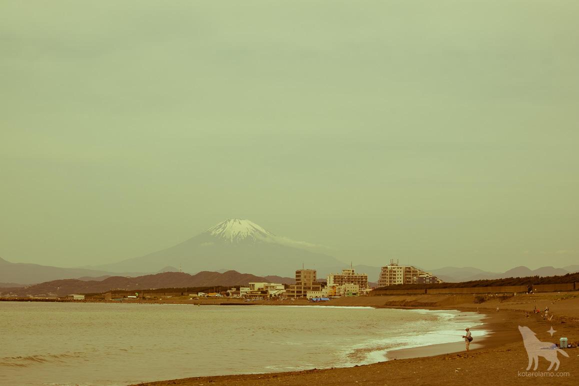 釣り人と富士山