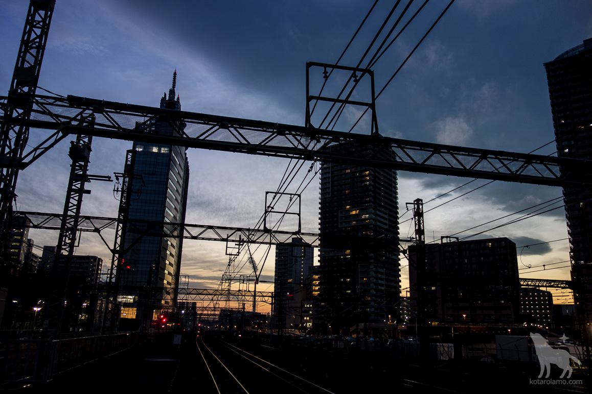 夕暮れ時の川崎駅