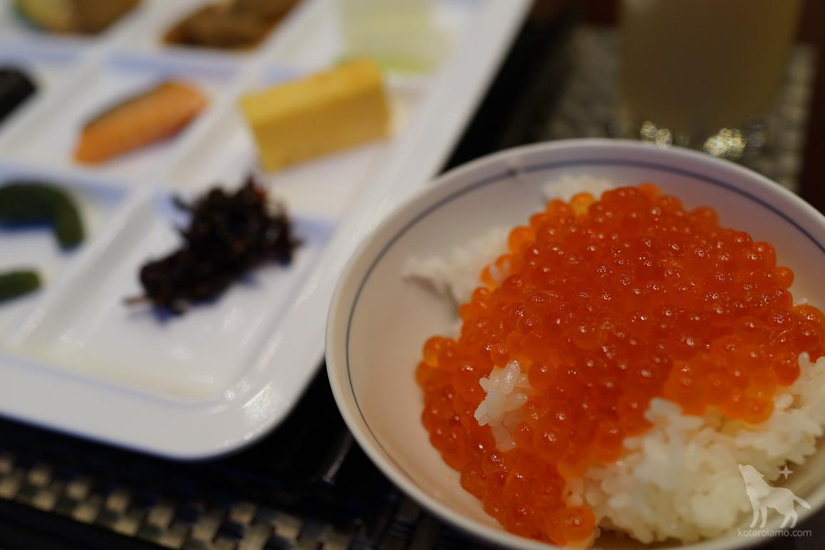 旭川グランドホテルの朝食バイキング、イクラ食べ放題