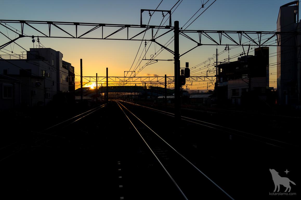 夕暮れ時の茅ヶ崎駅